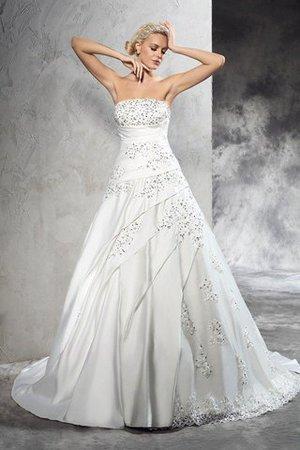 Finden Sie eine große Auswahl an Vintage Brautkleidern 9ce2-mrt1h-perlenbesetztes-gericht-schleppe-armelloses-tragerlos-brautkleid-aus-satin